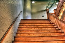 Gyors és hatékony lépcső burkolás